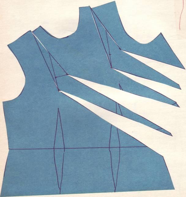 раскрой перемещения общих нагрудных вытачек в драпировку на боку