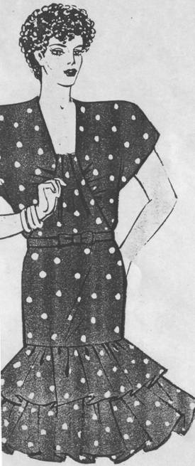 Фасон платья прямого силуэта для полной женщины. Рукав - реглан. По переду - рельефы