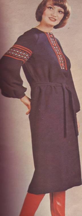 фасон и выкройка платья в стиле народной рубахи.